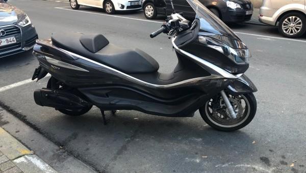 piaggio x10 350 2012